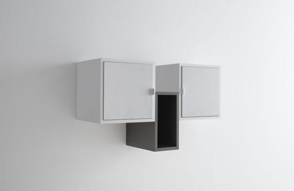 Mobile da soggiorno porta tv moderno pensile Milego con due ante, bianco  frassino e lava